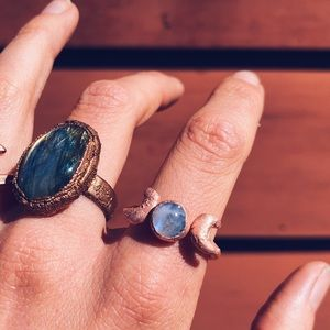 Jewelry - Moonstone moon goddess crystal copper ring